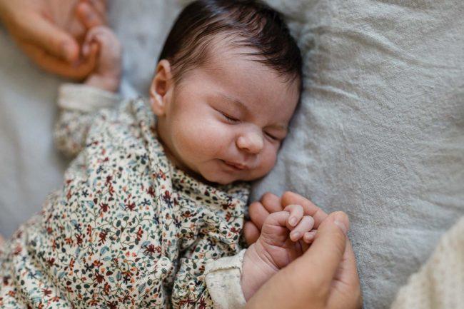Ungestellte Baby Fotos.